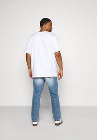 Jack & Jones - JJIGLENN JJORIGINAL - Straight leg jeans - blue denim - 2