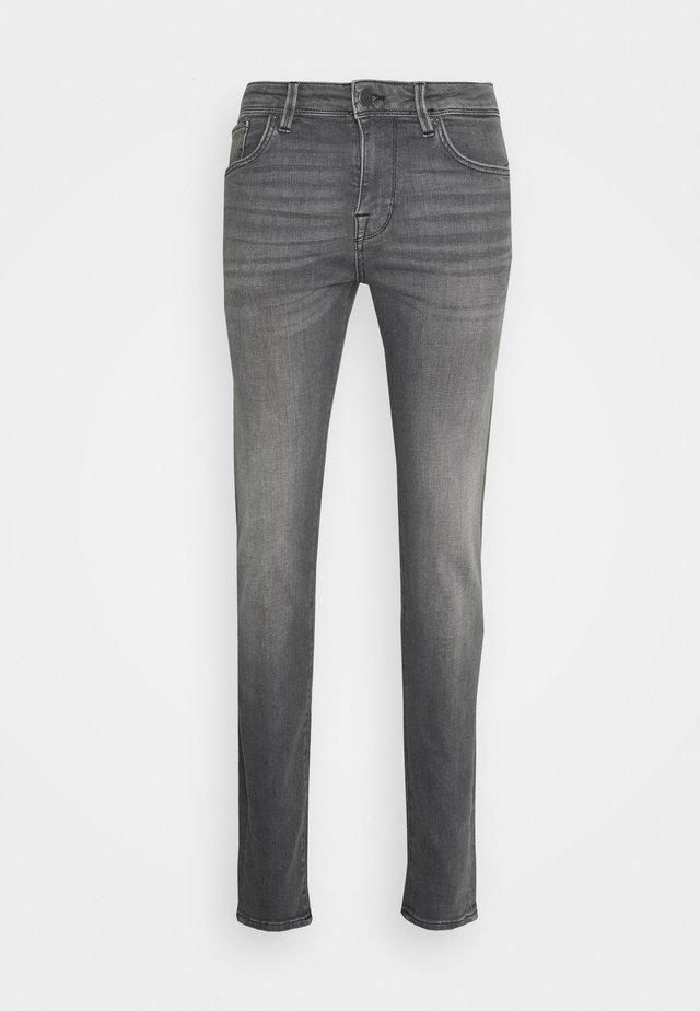 SLHSLIM LEON - Slim fit jeans - light grey denim