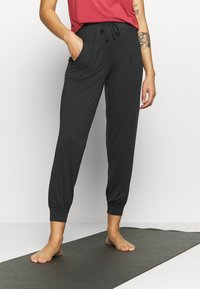 Even&Odd active - Tracksuit bottoms - black - 0