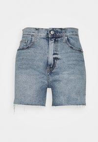 Calvin Klein Jeans - MOM - Shorts di jeans - denim light - 4