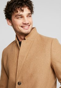 TOM TAILOR DENIM - Classic coat - hay beige/brown - 3