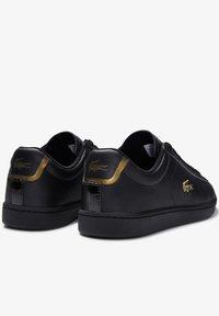Lacoste - CARNABY EVO  - Sneakersy niskie - blk/blk - 3