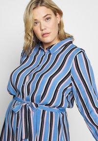 Kaffe Curve - DOLINE DRESS - Robe chemise - provence - 4