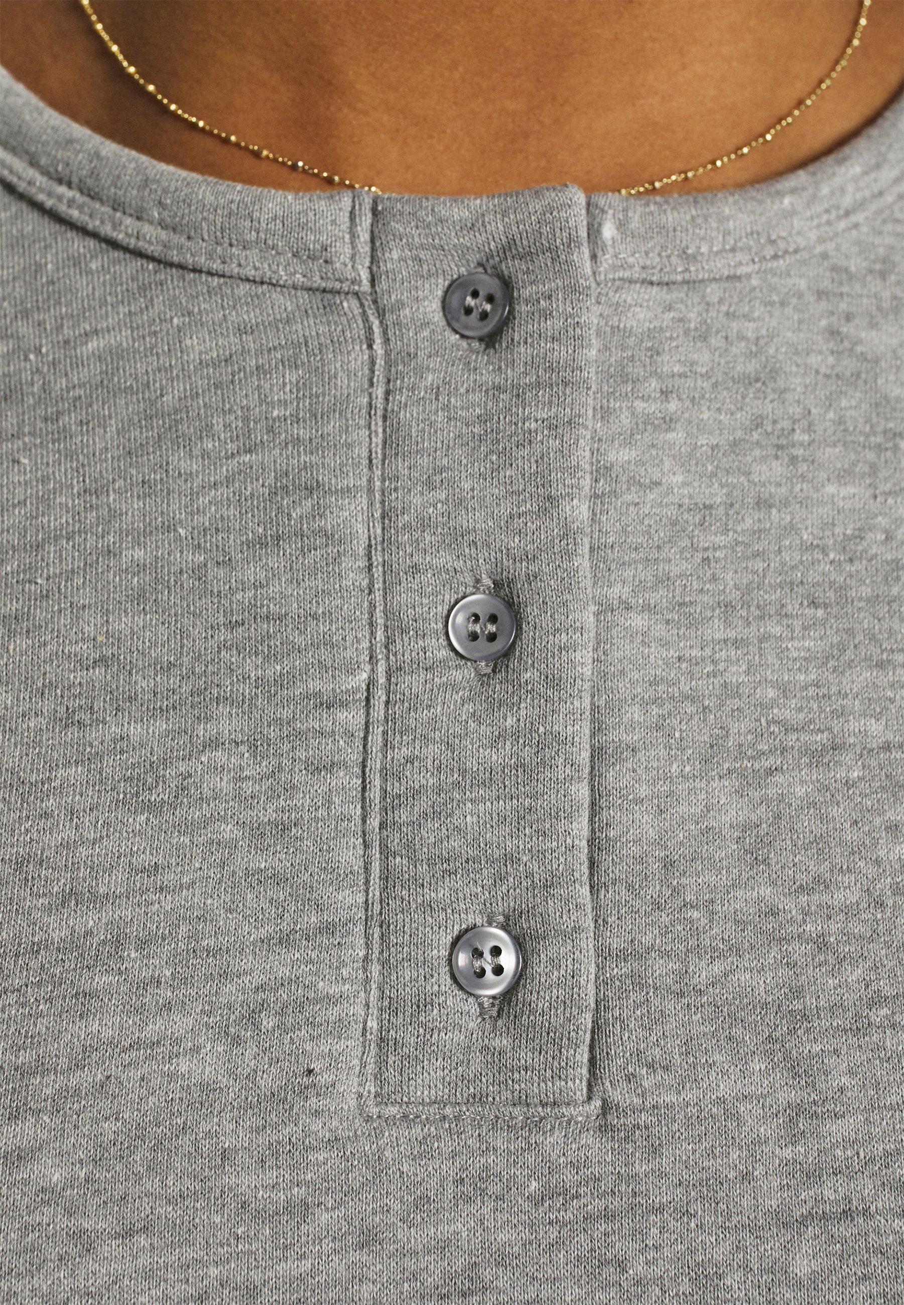 Women Button neck sweatshirt - Sweatshirt