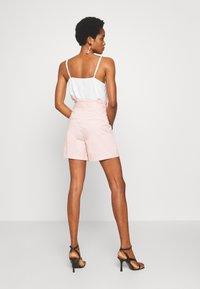 Vero Moda - VMEVA  - Shorts - sepia rose - 2