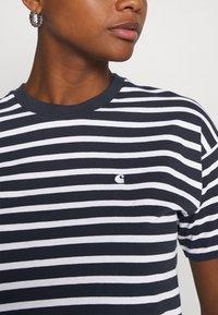 Carhartt WIP - ROBIE - Print T-shirt - dark navy/white - 4