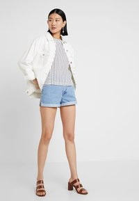Dr.Denim Tall - JENN - Denim shorts - light retro - 1