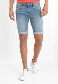 INDICODE JEANS - KADEN - Shorts vaqueros - blue wash - 0