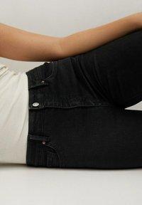 Mango - NOA - Jeans Skinny Fit - black denim - 5