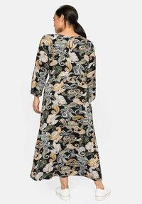 Sheego - Maxi dress - schwarz gemustert - 2