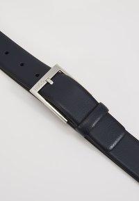 HUGO - GELLOT - Pasek - dark blue - 2