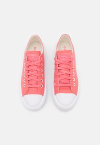 Converse - CHUCK TAYLOR ALL STAR MOVE  AND SHINE PLATFORM - Trainers - pink salt/white - 5