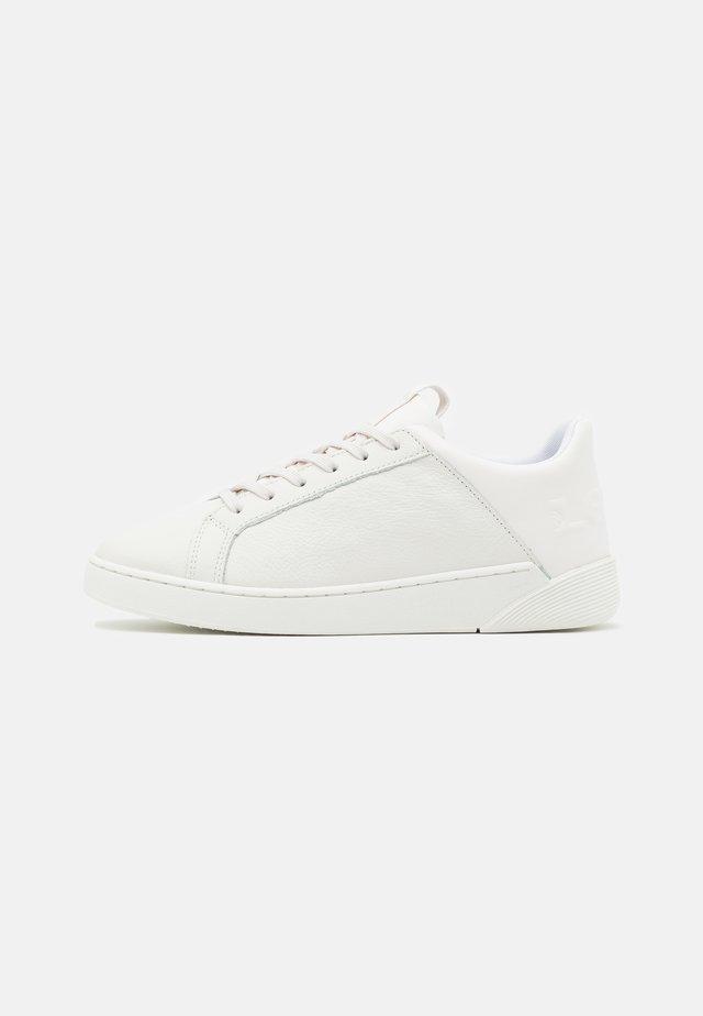 MULLET - Sneaker low - brilliant white