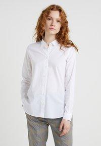 CLOSED - DEVIN - Button-down blouse - white - 0