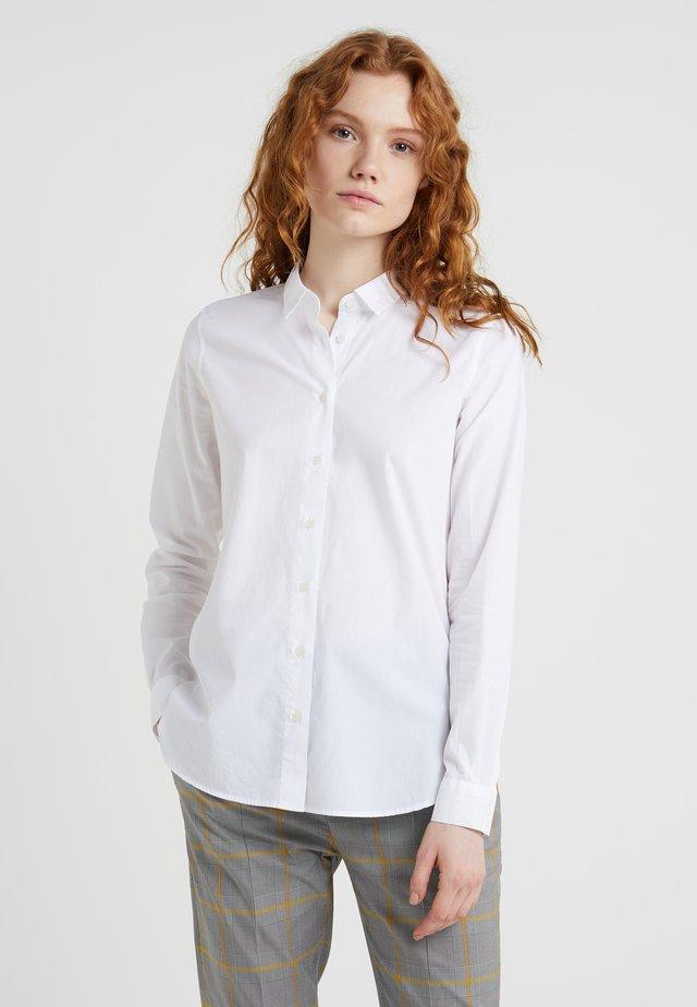 DEVIN - Skjortebluser - white