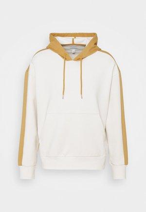 HOODIE - Sweatshirts - khaki multi