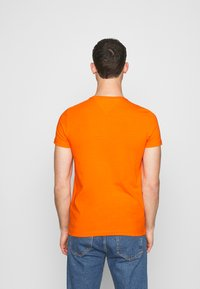 Tommy Hilfiger - T-shirt basic - orange - 2