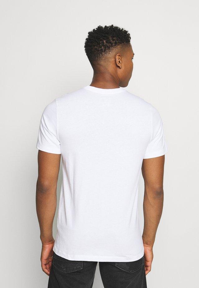 TEE ICON - Camiseta estampada - white/(black)