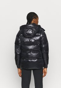 Columbia - NORTHERN GORGE JACKET - Down jacket - black - 2