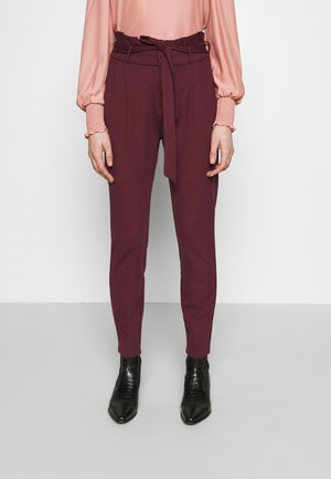 LOOSE PAPERBAG  - Tracksuit bottoms - port royale