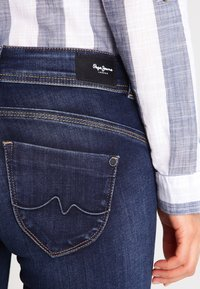 Pepe Jeans - NEW BROOKE - Jeans Slim Fit - h06 - 4