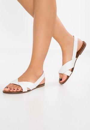 TIA - Sandały - white