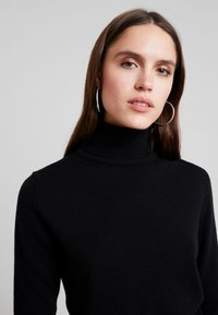 Benetton - TURTLE NECK - Jumper - black - 5