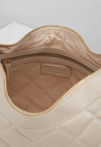 Valentino Bags - OCARINA - Handbag - off white - 3