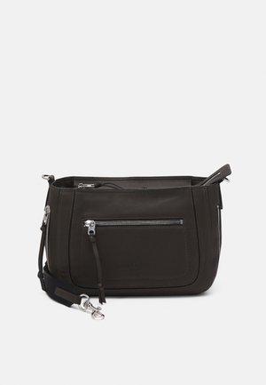 HOBO M - Handbag - nori green