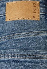 Pieces - PCLILI - Jeans slim fit - light blue denim - 2