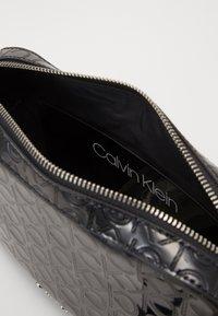 Calvin Klein - Borsa a tracolla - black - 5