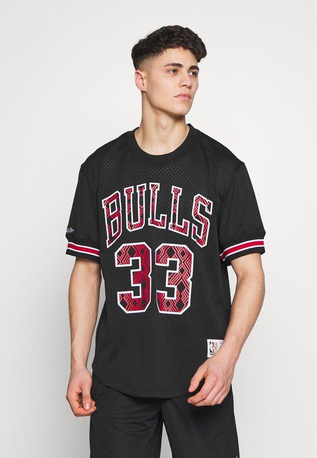 NBA CHICAGO BULLS SCOTTIE PIPPEN NAME NUMBER CREWNECK - Camiseta estampada - black
