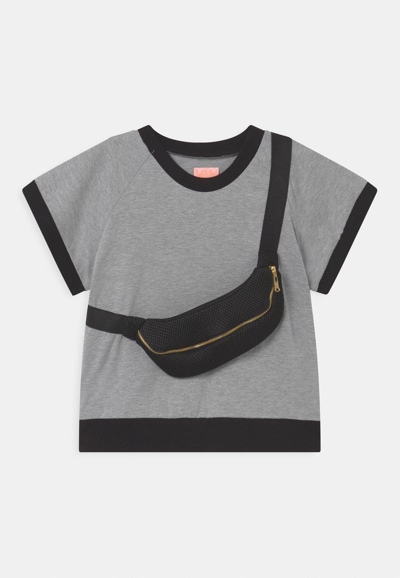 WAUW CAPOW by Bangbang Copenhagen - RAY UNISEX - Print T-shirt - grey