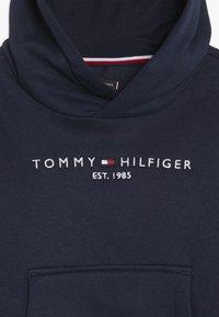 Tommy Hilfiger - ESSENTIAL HOODIE - Luvtröja - blue - 4