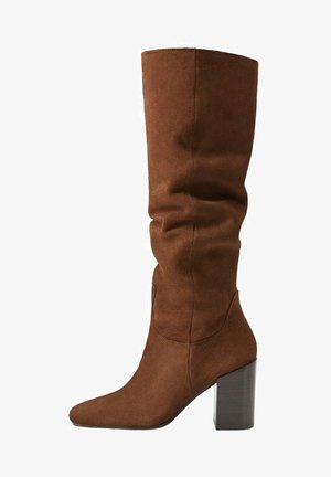 WEEK - High heeled boots - chocolate