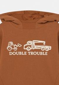 Hust & Claire - STONE  - Sweatshirt - light brown - 2