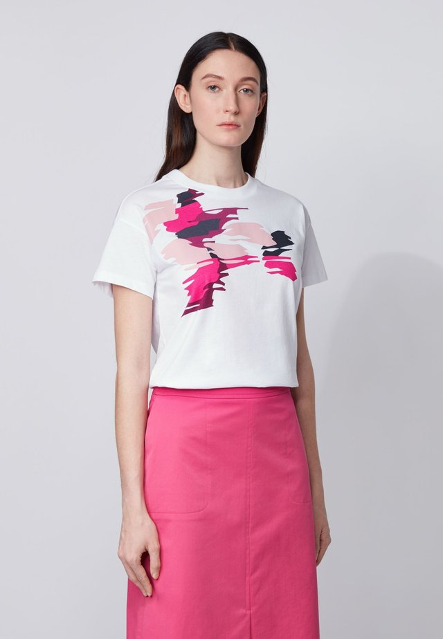 ECURATA - Print T-shirt - patterned