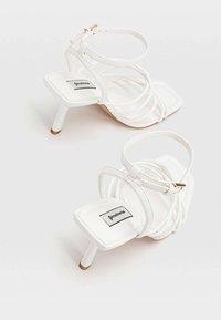 Stradivarius - Sandals - white - 3