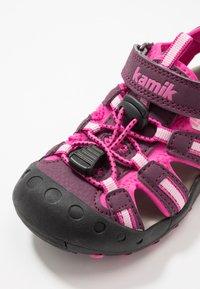 Kamik - CRAB - Walking sandals - plum/prune - 5