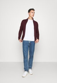 Tommy Hilfiger - CHUNKY ZIP THROUGH - Cardigan - red - 1