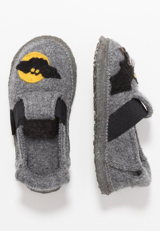 BATS - Pantofole - mittelgrau