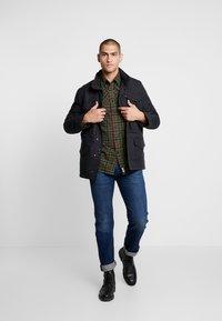 Levi's® - SHERPA FIELD - Light jacket - black - 1