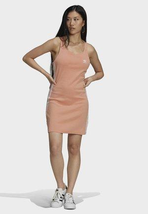 RACER  - Vestido ligero - pink
