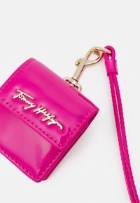 Tommy Hilfiger - ICONIC EARPHONE CASE - Other accessories - pink - 4