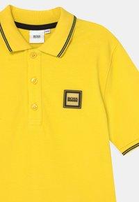 BOSS Kidswear - SHORT SLEEVE - Poloshirts - sun - 2