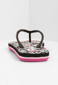 O'Neill - MOYA  - T-bar sandals - black with purple - 2