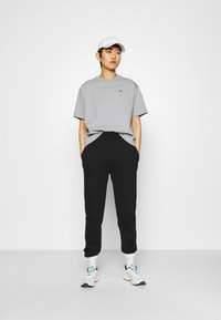 Lacoste LIVE - T-shirt print - heather wall chine - 1