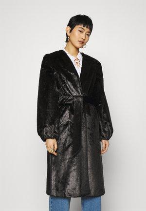 DAY JAGUAR SOLID - Klasický kabát - black
