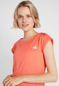 The North Face - TANKEN TANK  - Basic T-shirt - radiant orange - 4