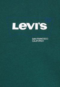 Levi's® - HOUSEMARK GRAPHIC - T-shirt basique - forest biome - 6